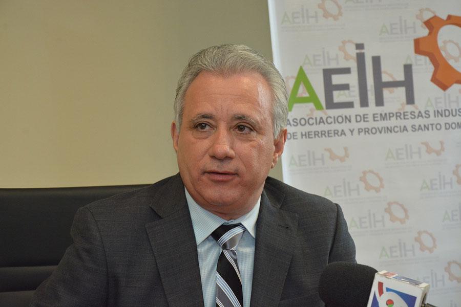 Antonio Taveras Guzmán, presidente de la Asociación de Industriales de Herrera y Provincia Santo Domingo (AEIH). | Lésther Alvarez