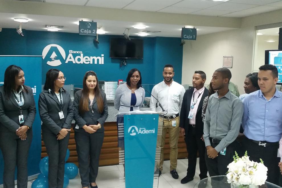 2. banco ademi presenta nuevos productos y servicios.