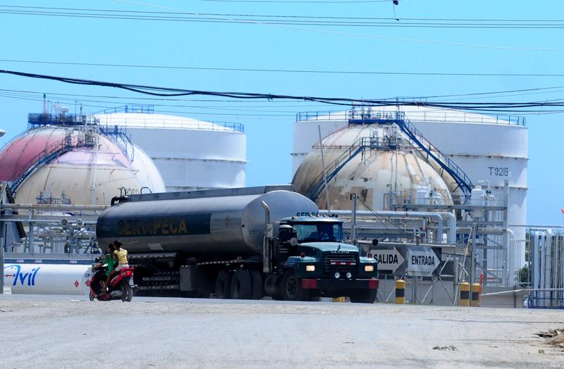 Los transportistas de carga reciben una porción de gasoil subsidiado de parte del Gobierno.elDinero