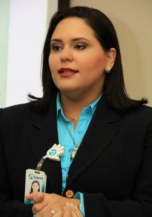 Dilia Vicini, encargada Crédito Educativo Logros.