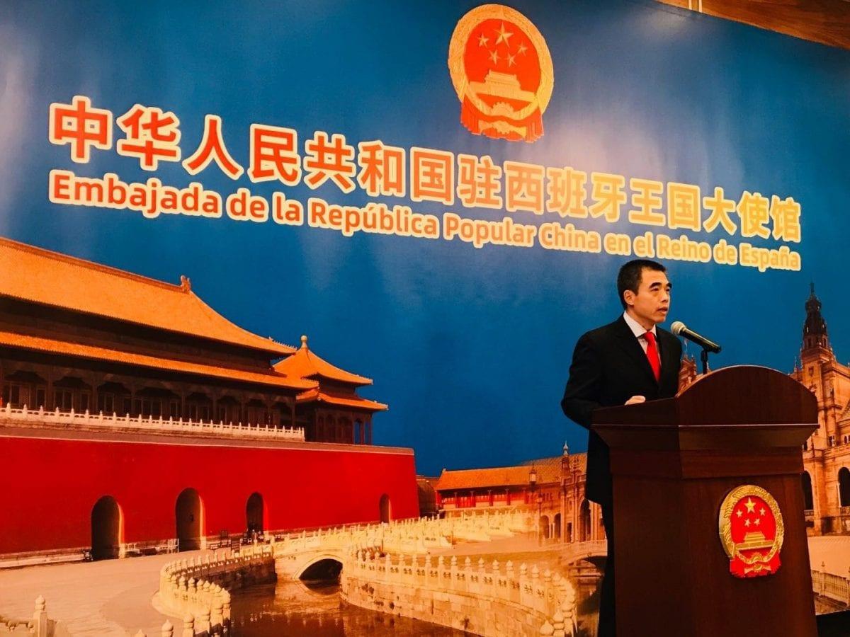 yao fei, encargado de negocios de la embajada de de china en españa