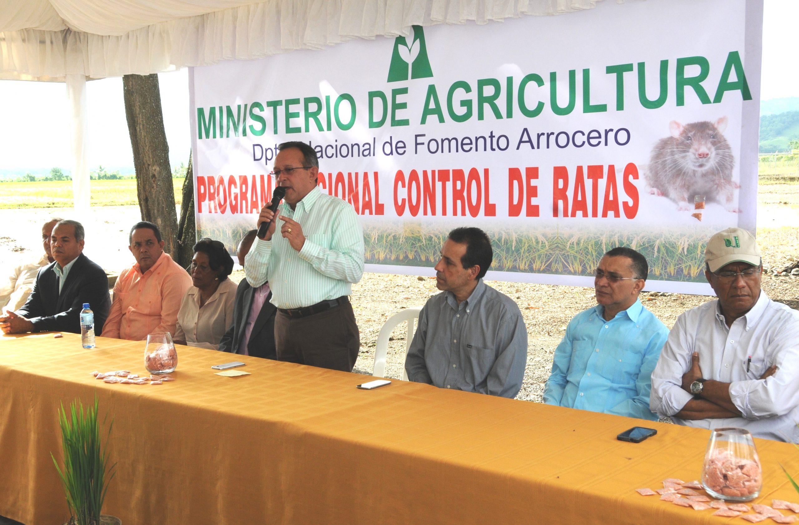 Ángel Estévez destacó la importancia de la unidad entre los productores de arroz para lograr excelentes resultados.