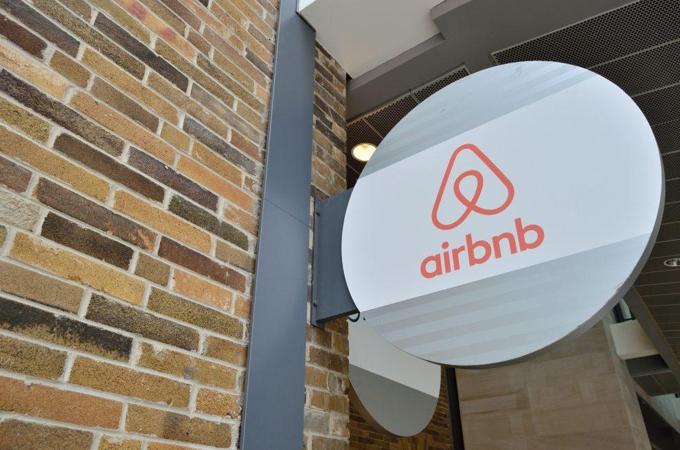 economía. airbnb firma un acuerdo con dinamarca para simplificar el pago de imp