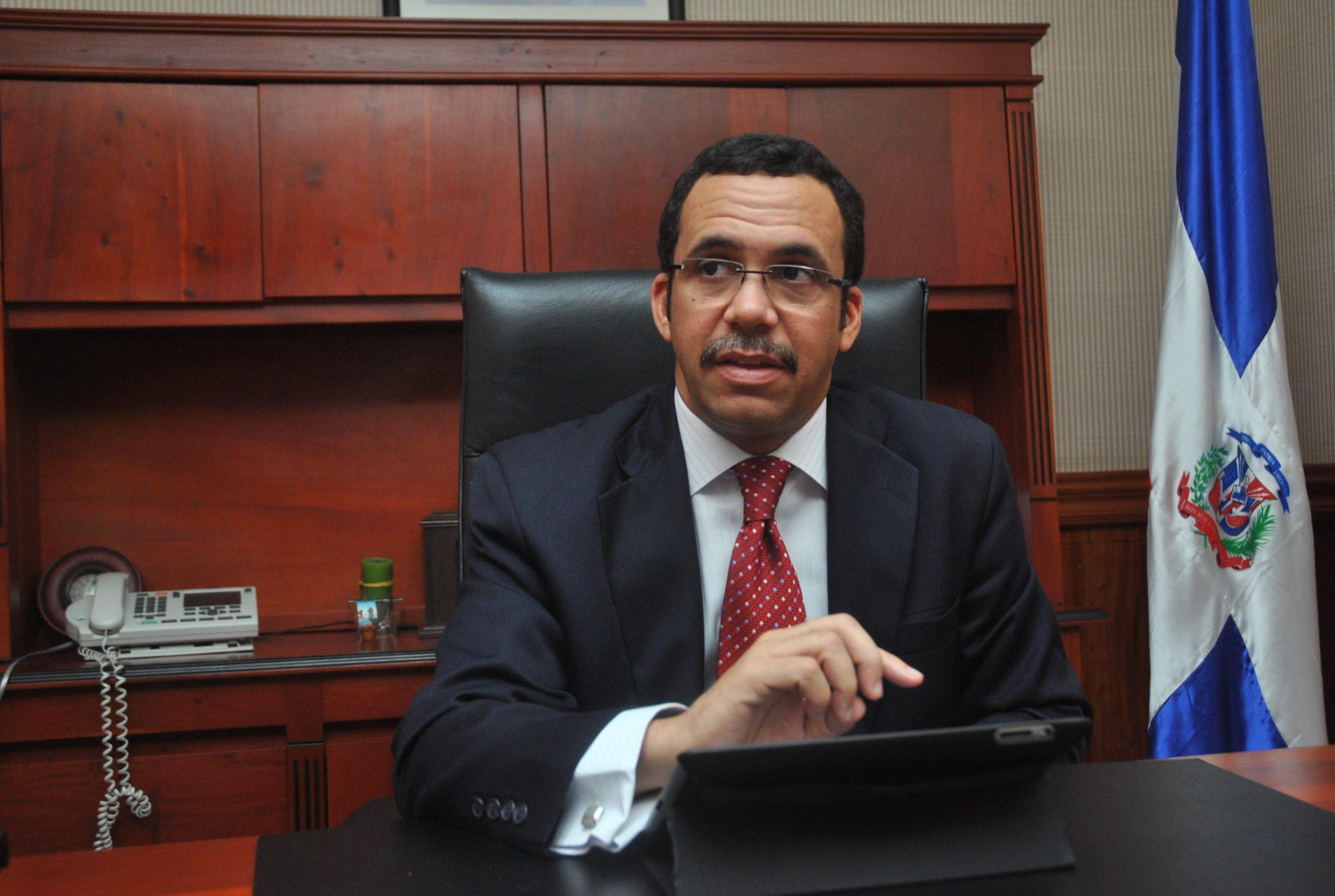 Andrés Navarro, ministro de Relaciones Exteriores de la República Dominicana.