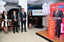 Serguey Forcade, director general de Canales Alternos de BanReservas, habla durante la inauguración de 15 subagentes bancarios en La Vega.