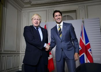 Boris Johnson y Justin Trudeau. | The Star.
