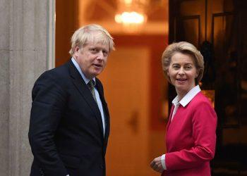 El primer ministro británico, Boris Johnson y la presidenta de la Comisión Europea (CE), Ursula Von der Leyen. | EFE.