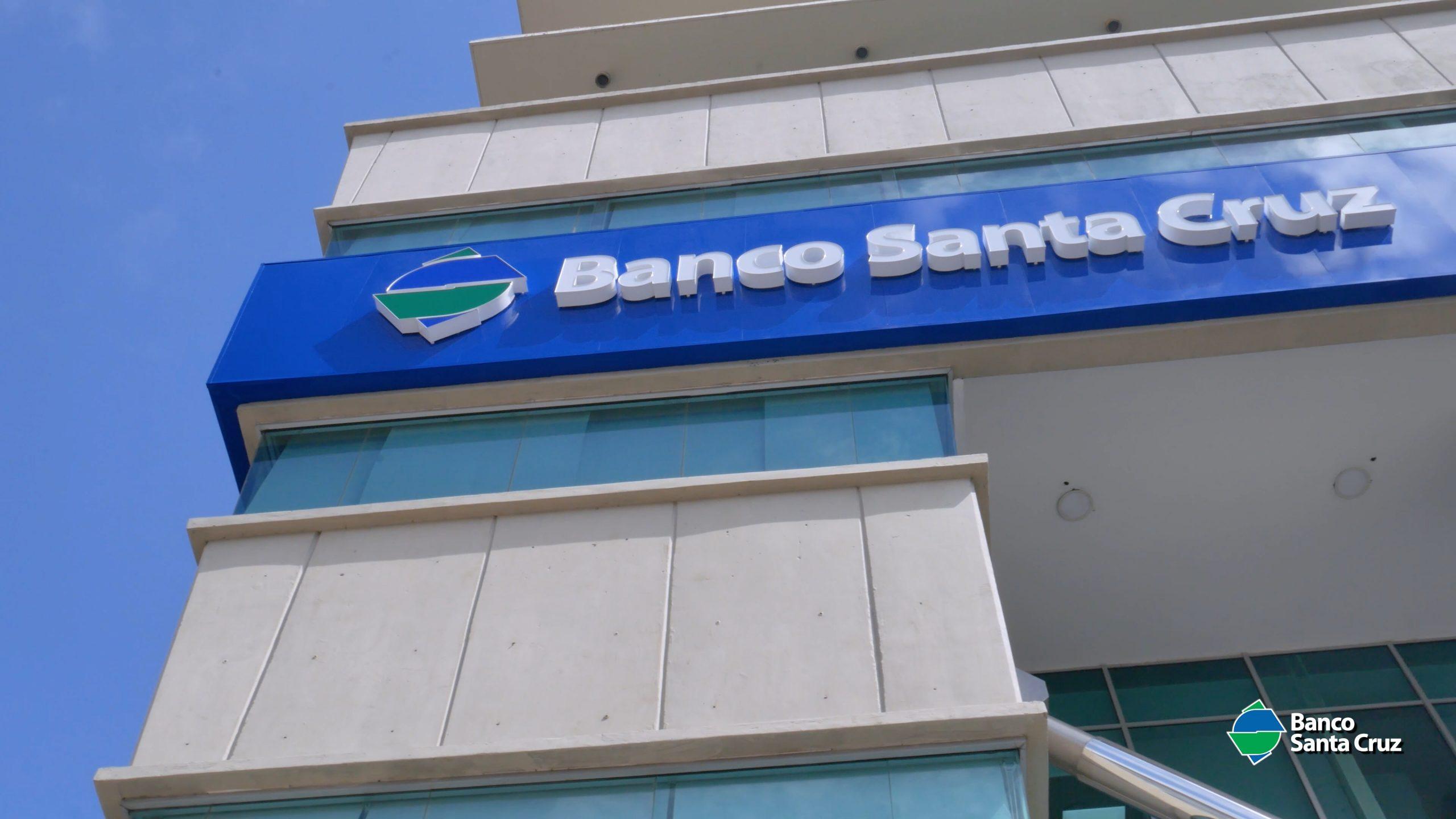 cápsula banco santa cruz 4k.00 00 28 15.still004