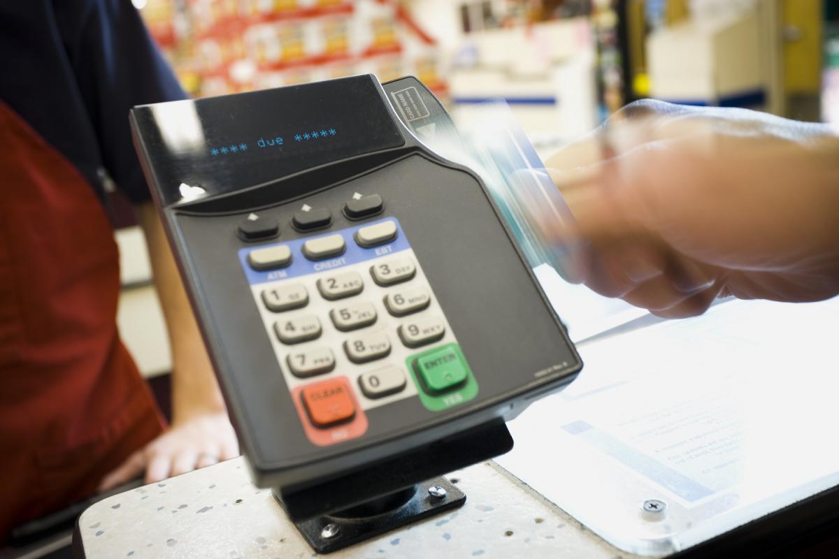 Compra, consumo, consumidor, pago con tarjeta