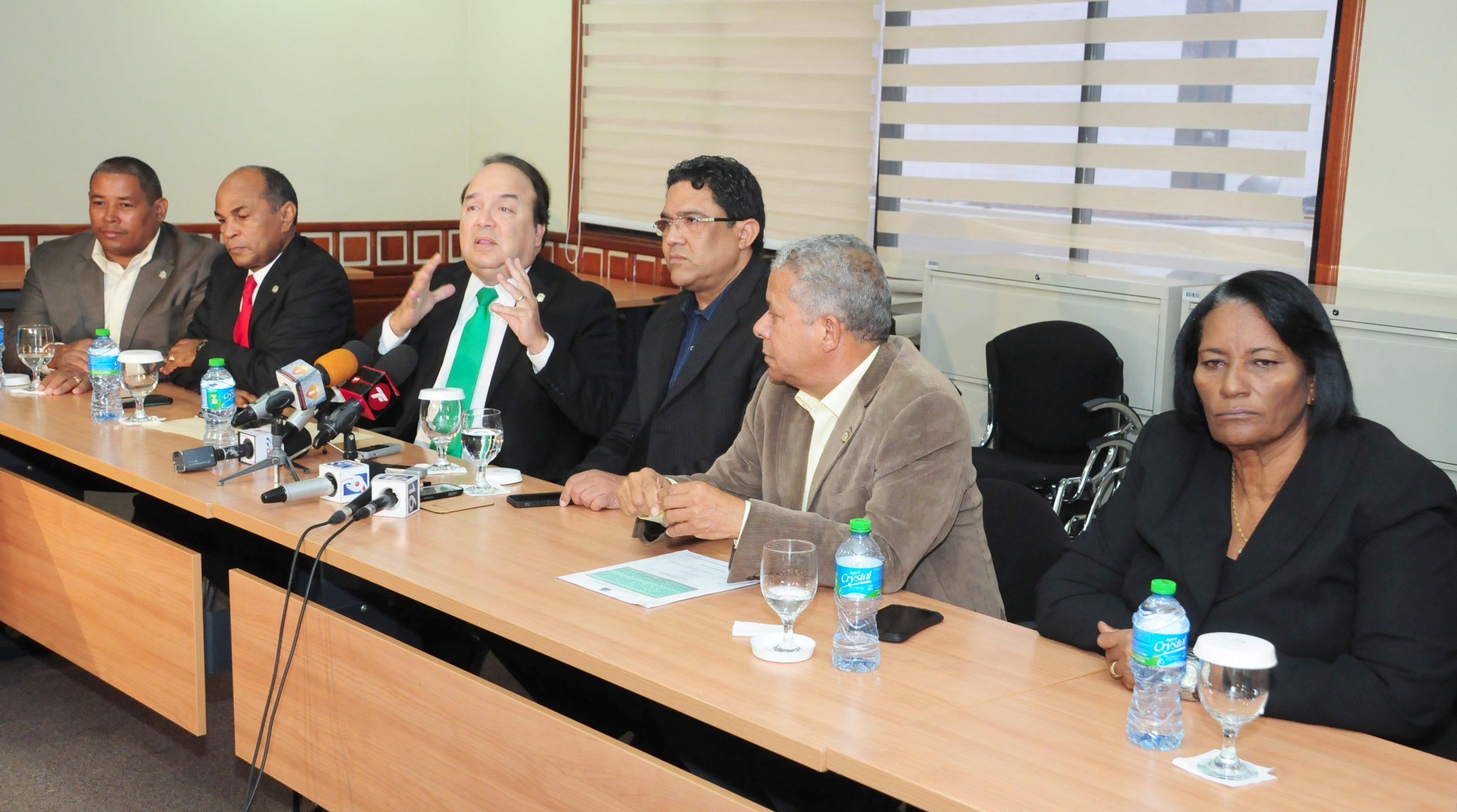 La Comisión de Asuntos Fronterizos recomendará el sistema de seguridad en la frontera, durante la próxima legislatura.