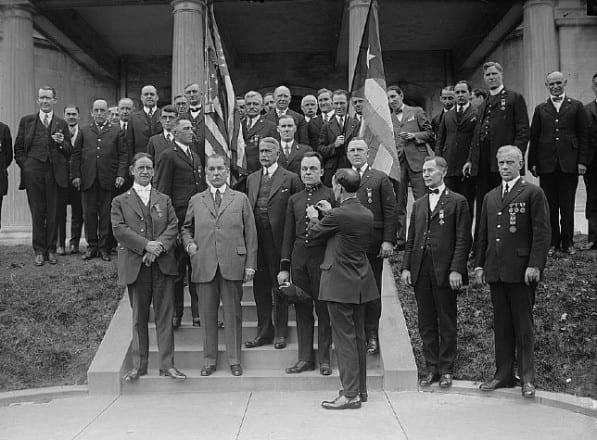 Inauguración de la embajada en Washington en 1916.