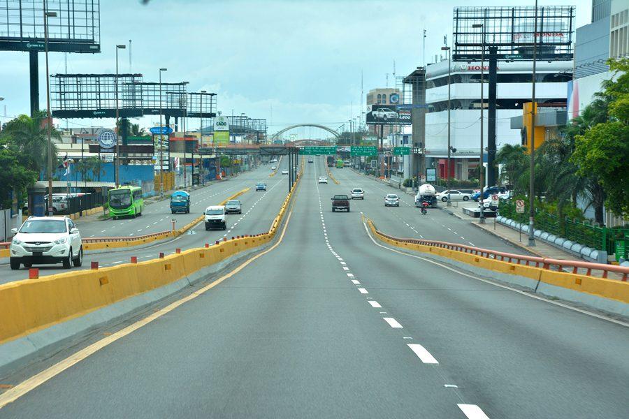 El comercio de Santo Domingo previó lo peor ante el paso del ...