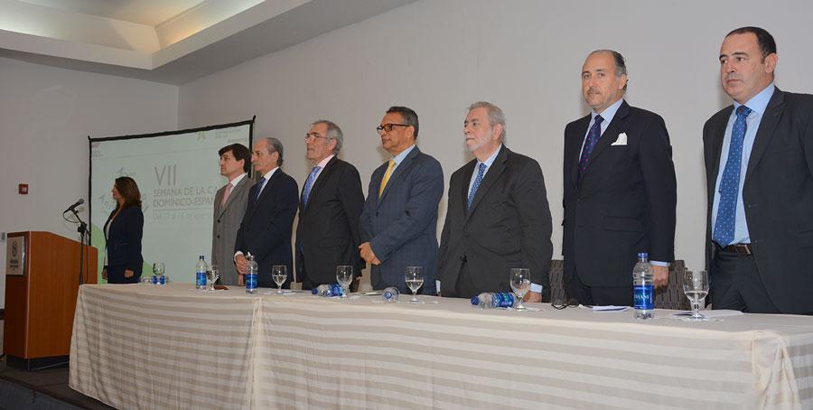 El ministro de Administración Pública, Ramón Ventura Camejo, encabezó el inicio de la semana de la calidad de los servicios del Estado.