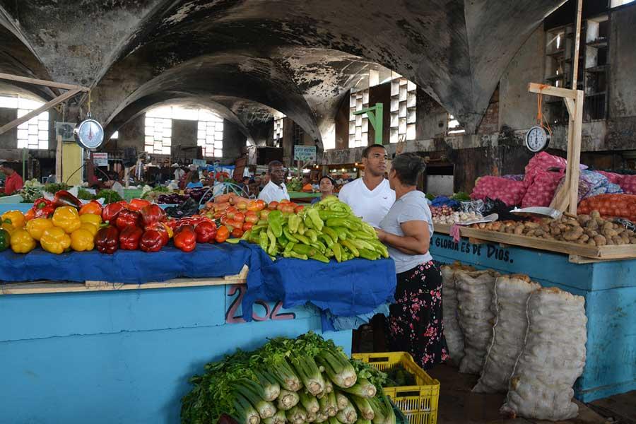 Los precios de los productos de la canasta básica se mantienen estables. / GABRIEL ALCÁNTARA