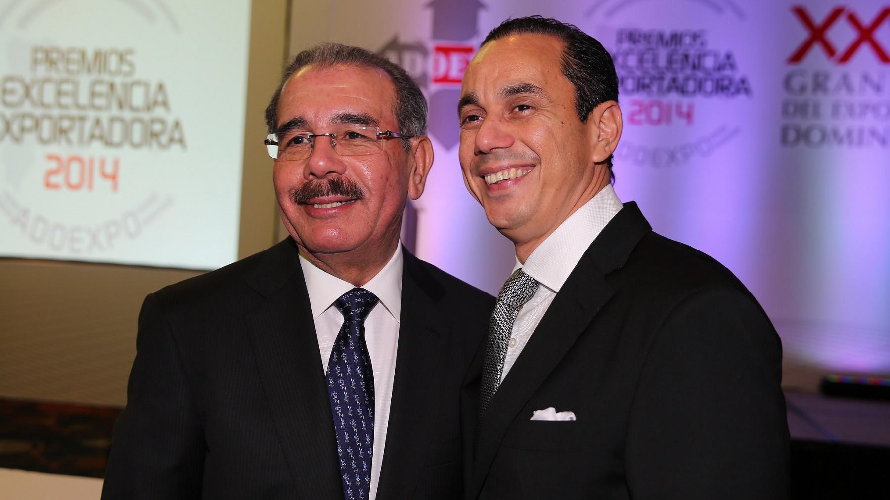 Danilo Medina y Sadala Khoury durante la última Cena del Exportador Dominicano.