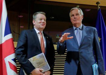 David Frost y Michel Barnier