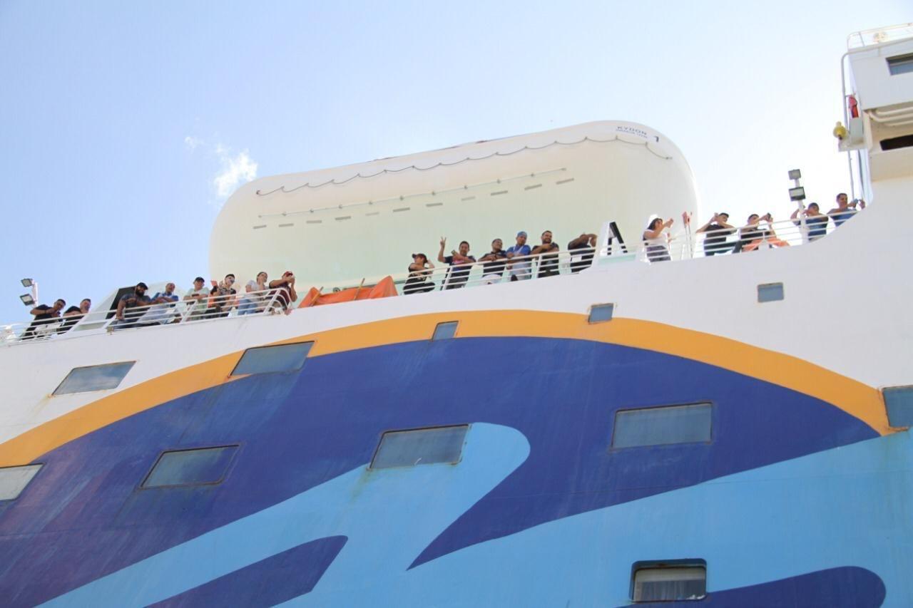 dominicanos varados en cruceros, autoridad portuaria