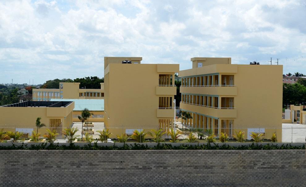 El Gobierno ha impulsado la construcción de nuevas aulas.