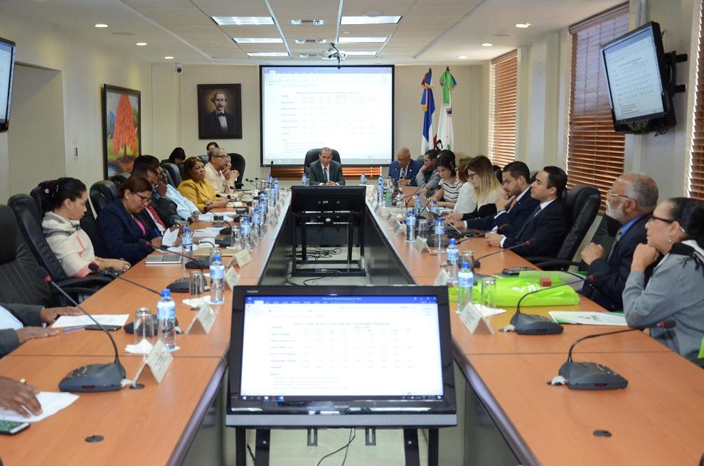 foto reuniÓn del consejo