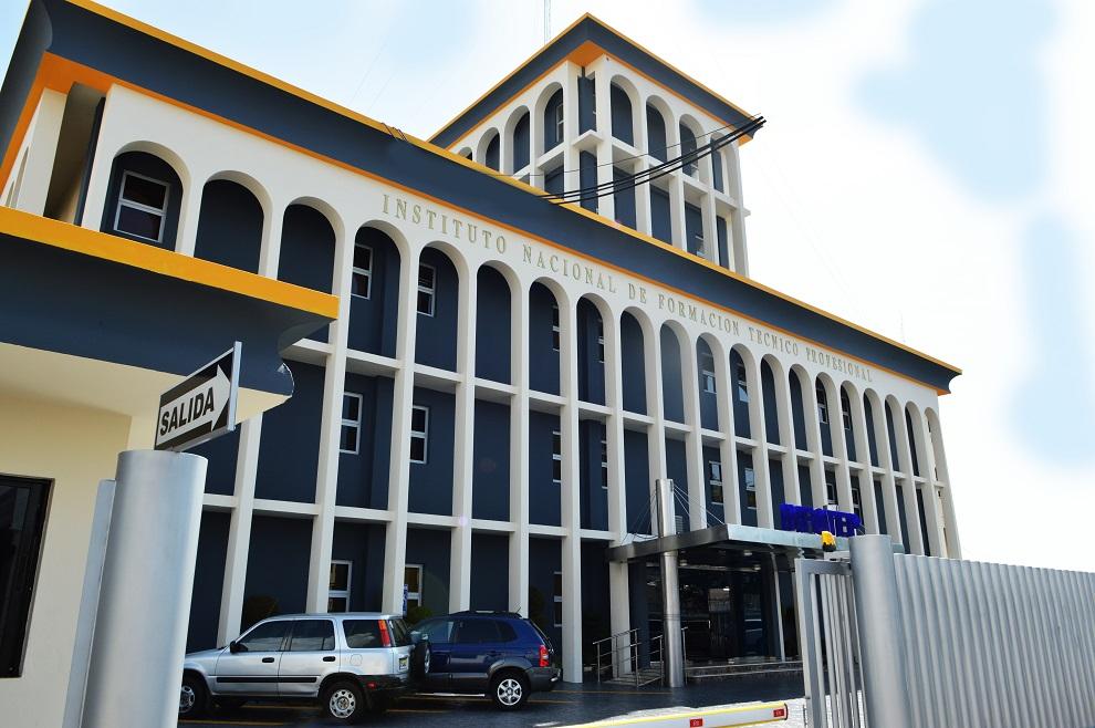 fachada oficina nacional infotep