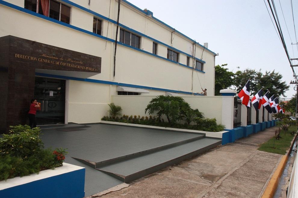 fachada de contrataciones públicas (1)