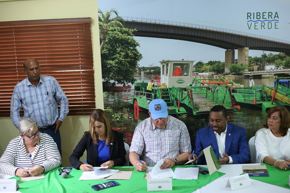 firma acuerdo interinstituicional barcos recolectores ribera verde