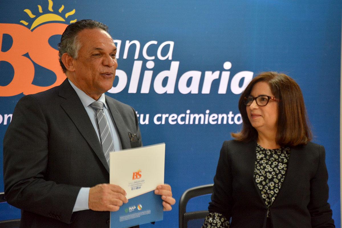 firma de acuerdo en banca solidaria