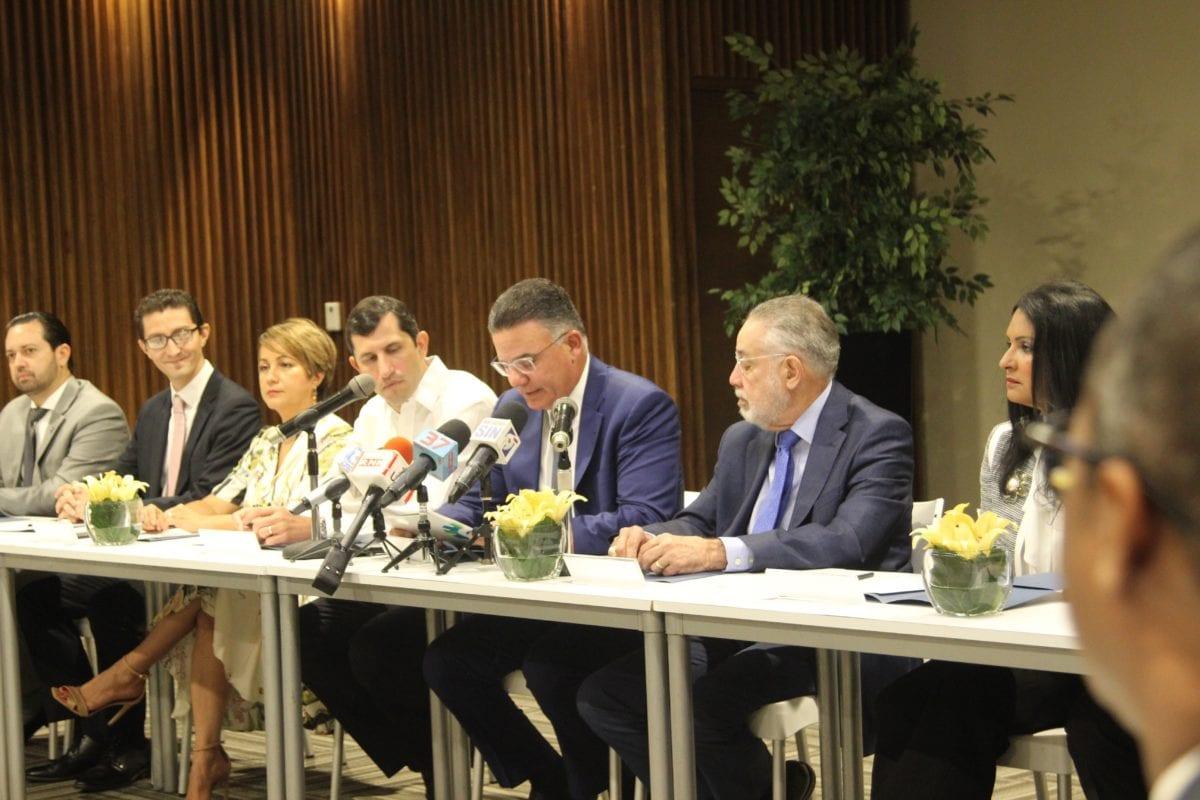 firma de acuerdo inversión fondos de pensiones