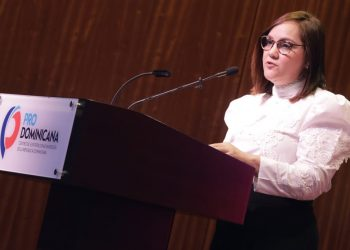 Elizabeth Mena, presidenta de Adoexpo.