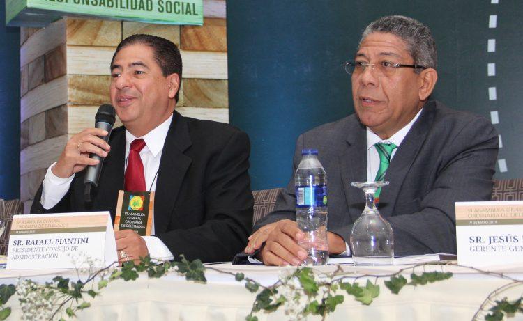 Rafael Piantini y Jesús Fernández, presidente y director general de Coopnazonaf. | Fuente externa.