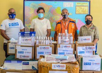 Entrega de donativos por parte de la USAID, en colaboración con Plan International.