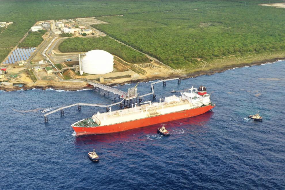 gas natural llega a la terminal aes andrés