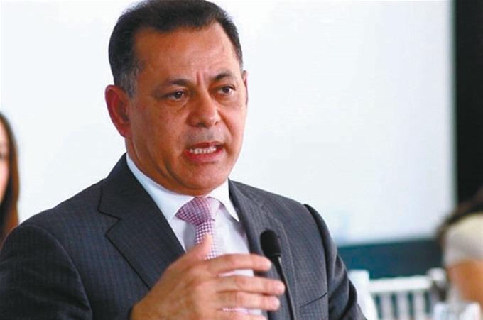 Gabriel Castro, superintendente de Valores.