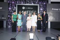 Josefina Navarro, María Isabel Balbuena, Luis Molina Achécar, Ernestina Grullón, Margarita Cedeño de Fernández, Solange Soto Encarnación y Steven Puig.