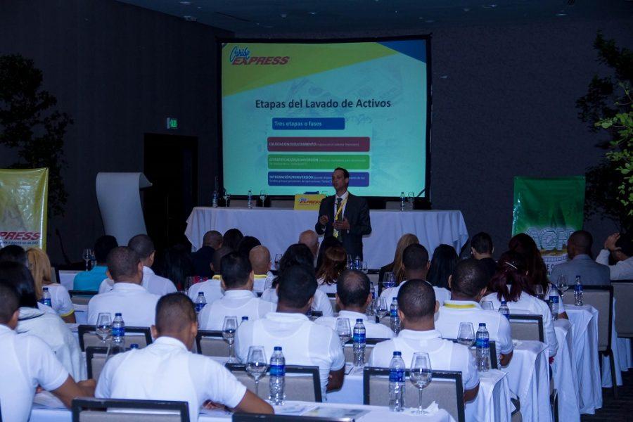 Caribe Express y La Nacional adiestran personal en lavado de