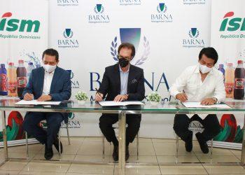 Industrias San Miguel, Barna Management School firma