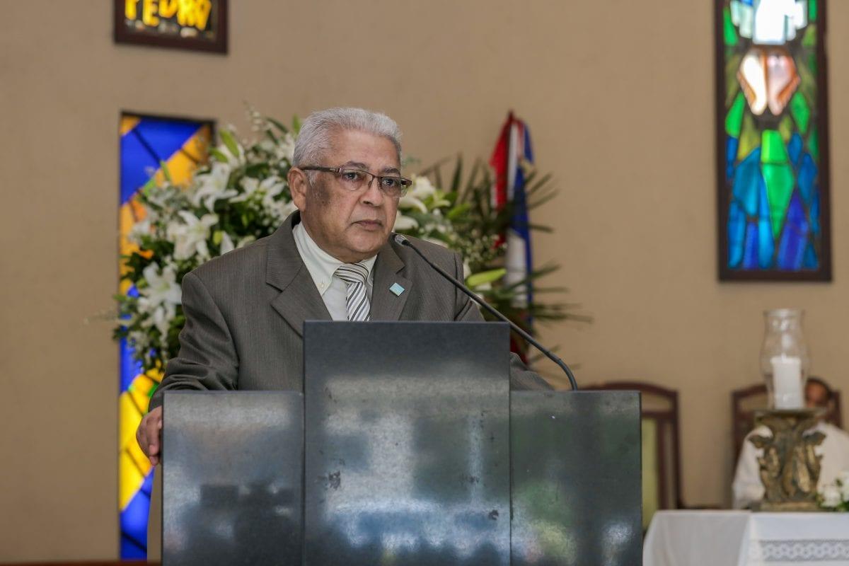 ing. julián santana, aministrador de la eted