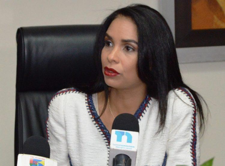Ingeniera-Claudia-Franchesca-De-Los-Santos-1