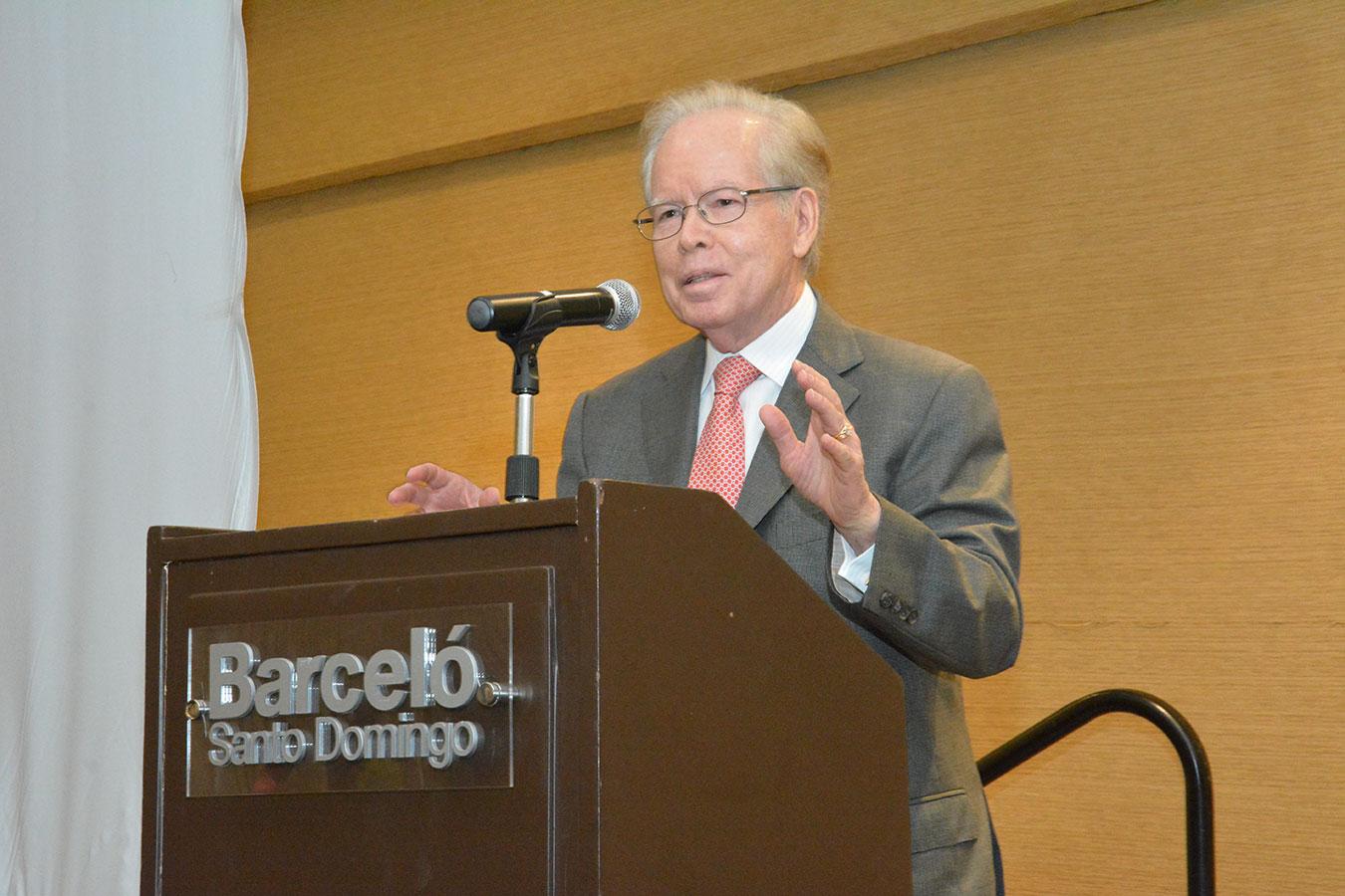 José Luis Corripio, durante su discurso en el Centro Sopeña./ Gabriel Alcántara