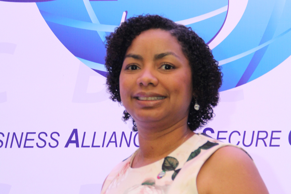july de la cruz, presidenta de basc dominicana