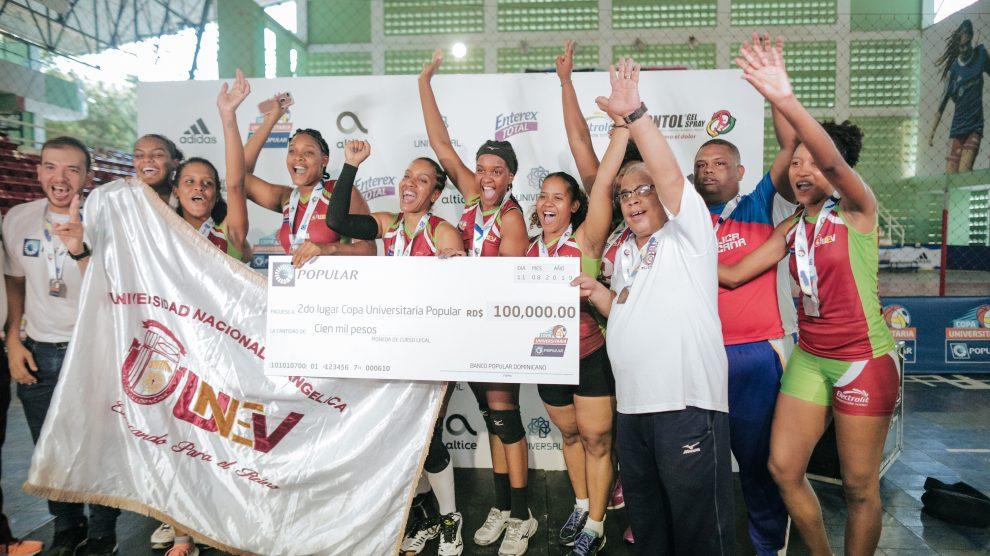 la universidad nacional evangélica (unev) obtuvo el segundo lugar en la categoría de voleibol de la copa universitaria popular