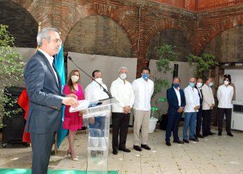 """El presidente Abinader dijo que este nuevo hotel en la Ciudad Colonial es una apuesta por el """"turismo cultural y de entretenimiento""""."""