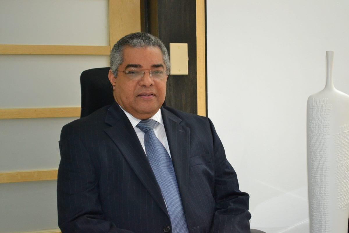 luis reyes santos viceministro de hacienda y director general de presupuesto ..