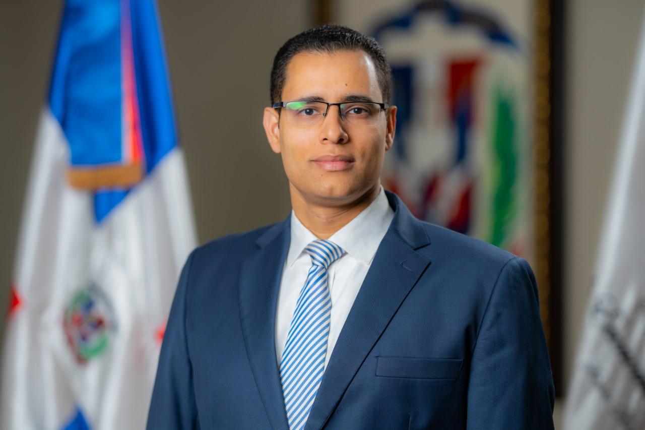 ministro de economia juan ariel jimenez 01 (1)