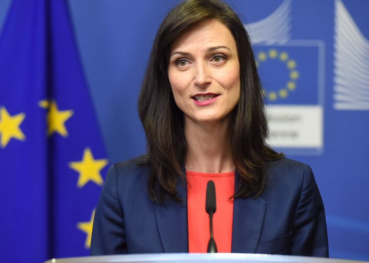 Mayira Gabriel Unión Europea (UE)