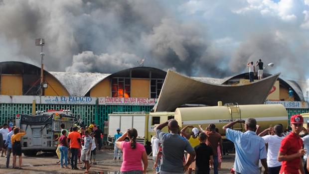 El pasado 4 de enero el Mercado Nuevo de la avenida Duarte sufrió un incendio que afectó gran parte de sus instalaciones.
