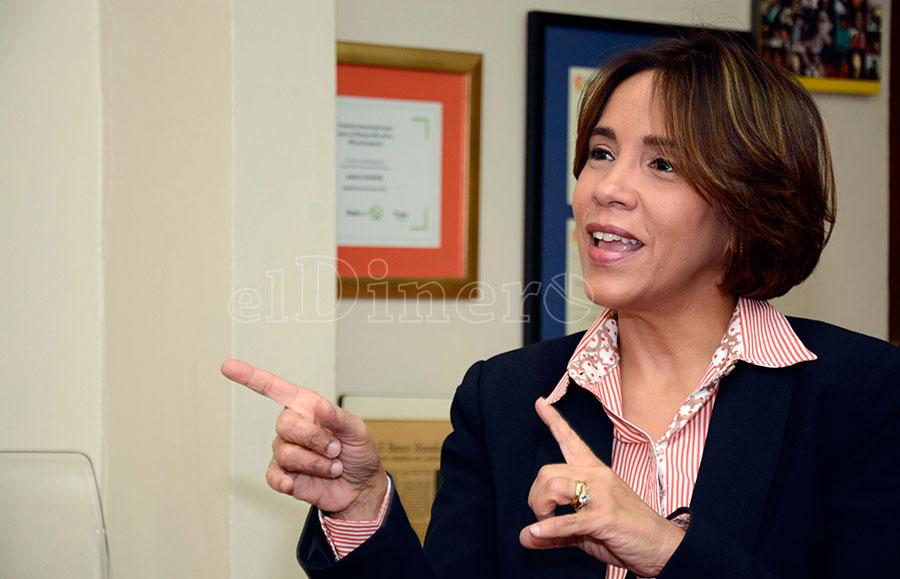Mercedes Canalda de Beras-Goico, presidente ejecutiva del Banco de Desarrollo y Crédito Adopem. | Lésther Álvarez