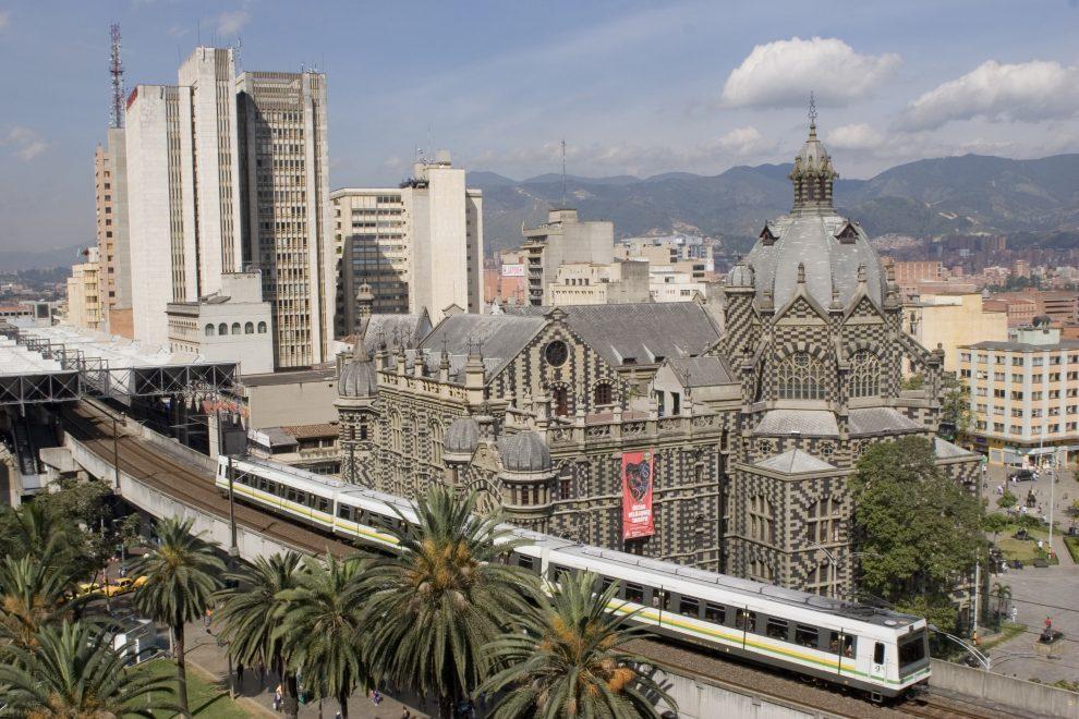 metro de medellín, colombia