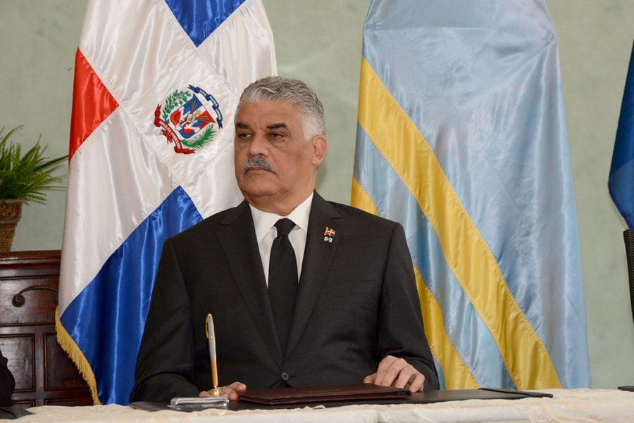 Canciller Vargas viajará a Haití para tratar sobre comercio fronterizo