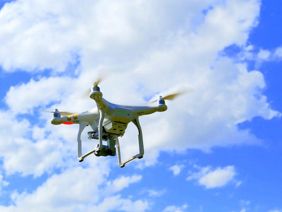 Dron, drones